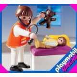 Playmobil-pediatra